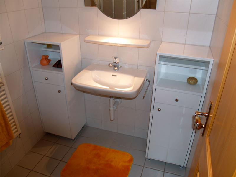 badezimmerm bel hauswirtschaftsraum stalder schreinerei. Black Bedroom Furniture Sets. Home Design Ideas